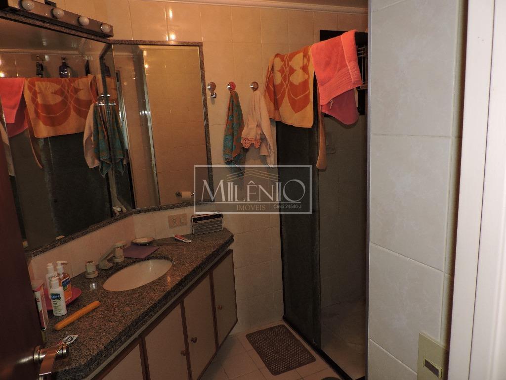 Apartamento de 3 dormitórios à venda em Cerqueira César, São Paulo - SP
