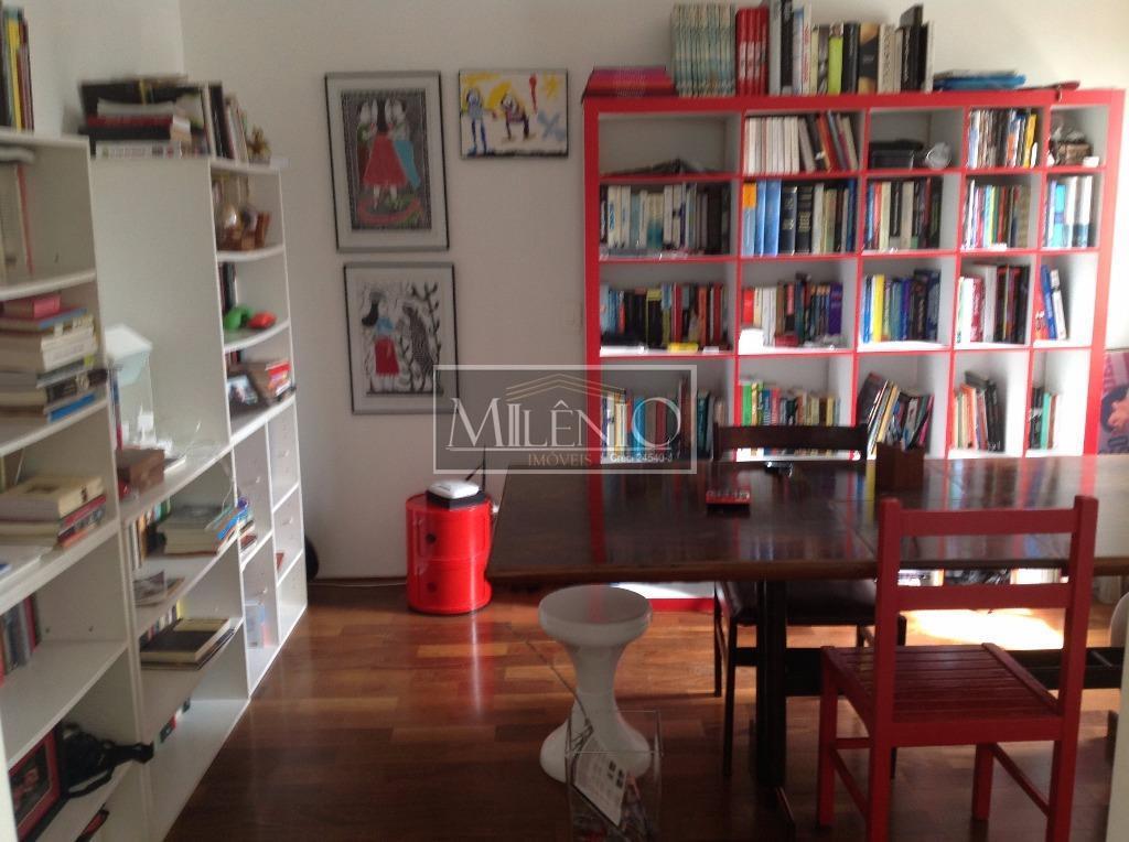 Cobertura de 3 dormitórios em Cerqueira César, São Paulo - SP