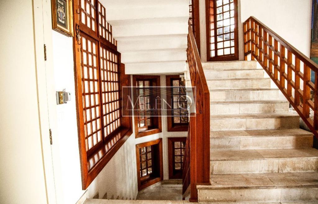 Casa de 6 dormitórios em Jardim Everest, São Paulo - SP