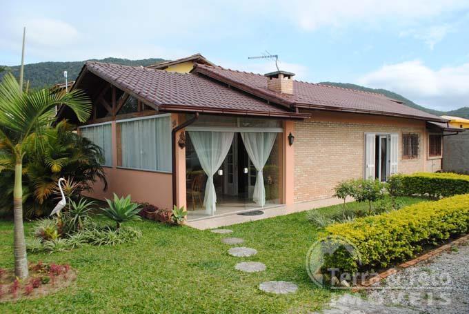 Casa aconchegante a venda no bairro Rio Vermelho