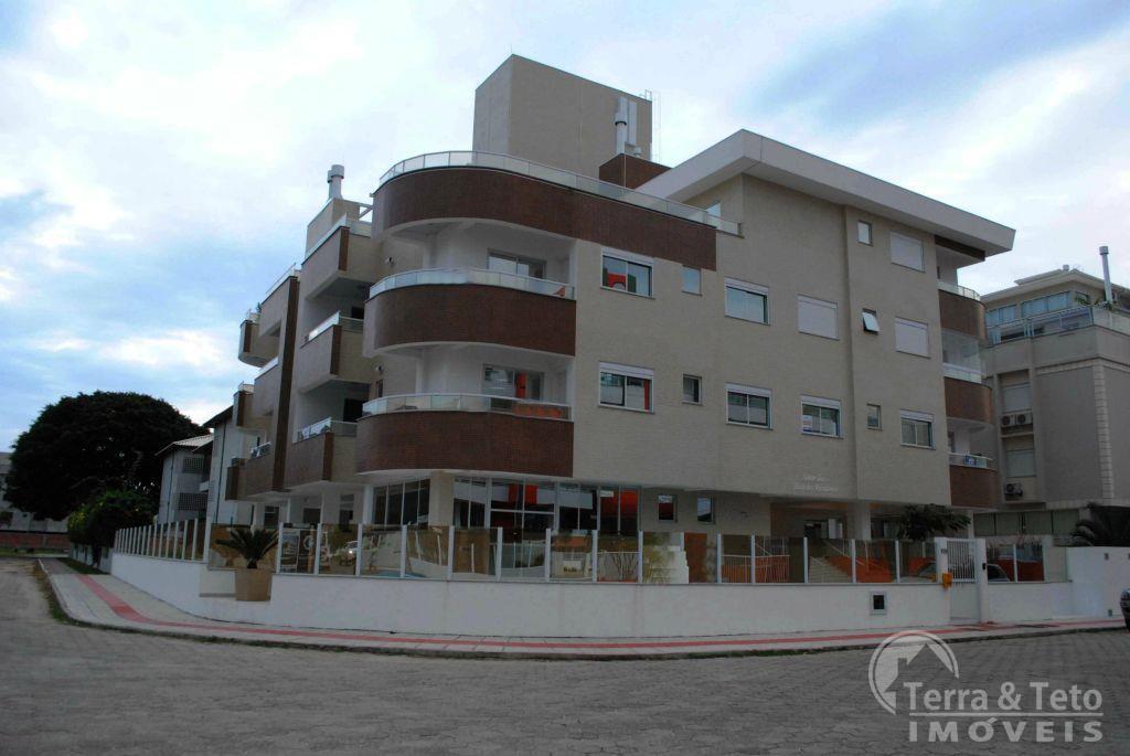 Apartamento com 3 suítes e escritura pública