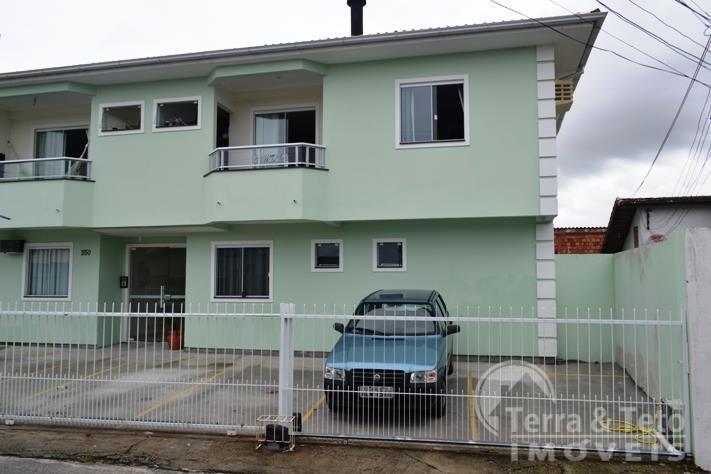 Apartamento região bem localizada em  Ingleses, Florianópolis.