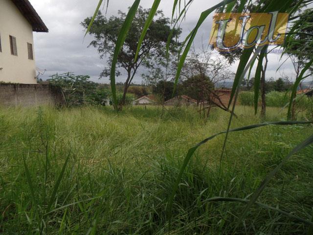 Ótimo terreno no Jardim dos Pinheiros!