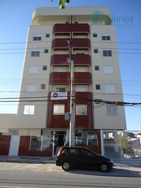 são 20 apartamentos, destes 16 apartamentos (101 a 404) com 2 suítes e lavabo e 4...
