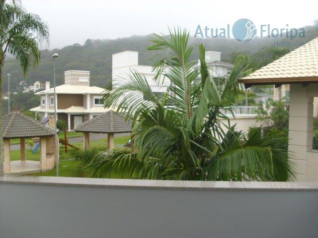 casa de ótimo padrão em excelente condomínio de 25 lotes com 15 casas já construídas!!! 4...
