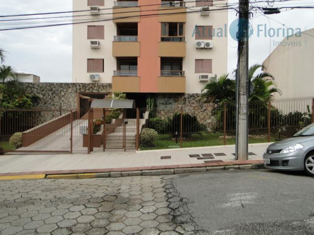 linda cobertura duplex, 3 quartos, sendo duas suítes, piso em taco de madeira e cerâmica de...