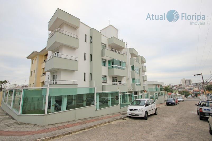 Apartamento 3 dormitórios em São José.