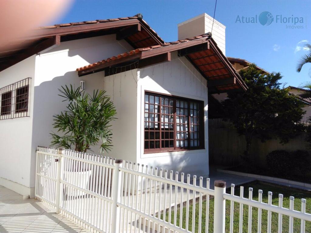 linda casa no bairro são jorge, próximo udesc, celesc, com toda a infraestrutura, casa com 4...