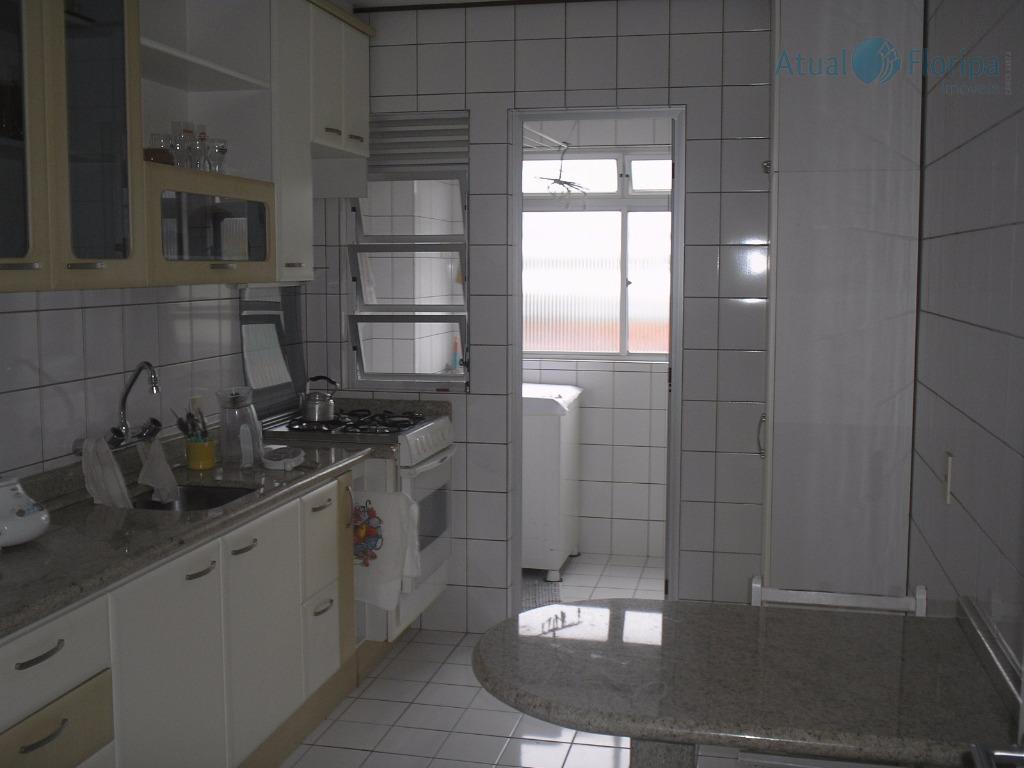 Apartamento residencial à venda, Trindade, Florianópolis - AP0239.