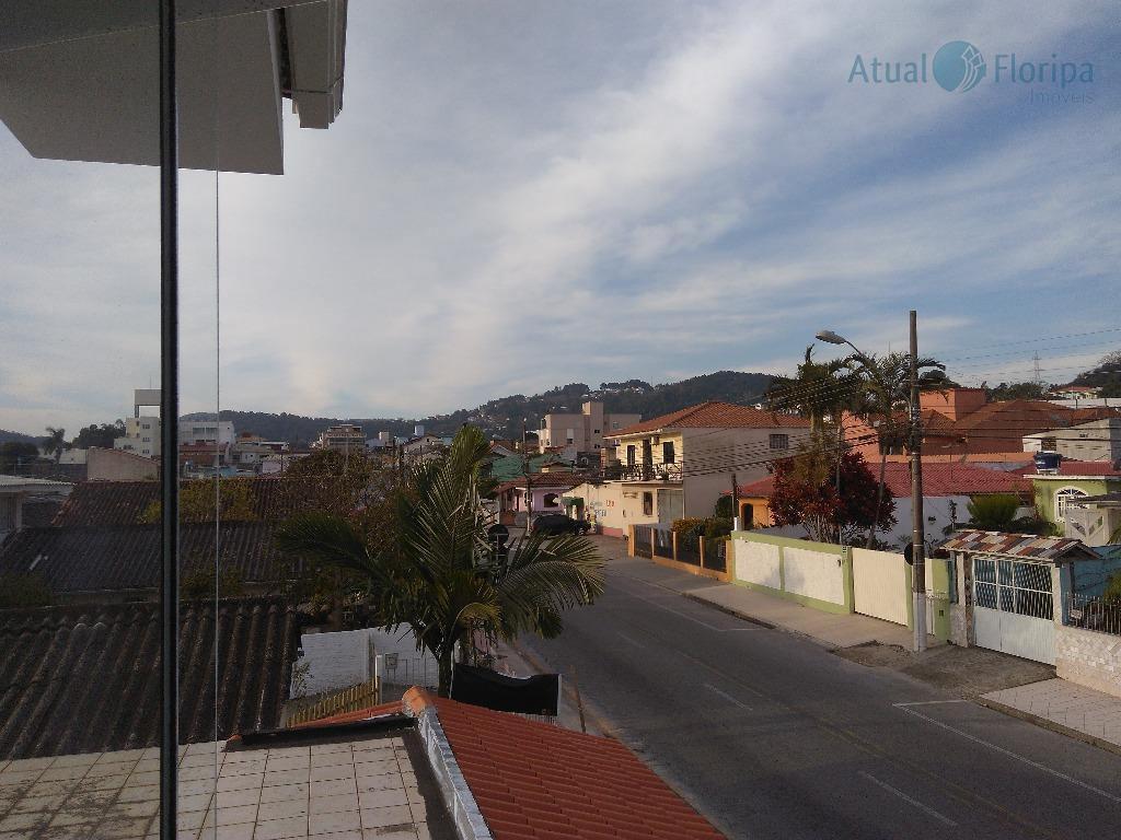 Casa residencial à venda, Forquilhinha, São José - CA0180.