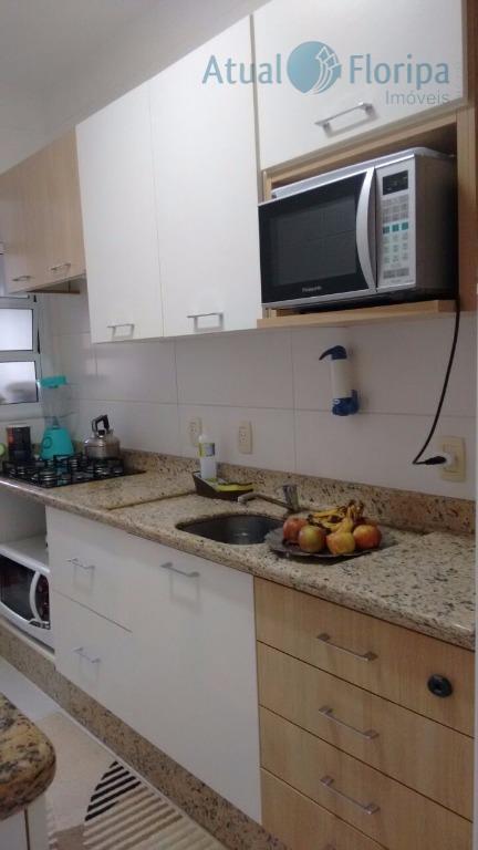 lindo apartamento, contempla: 2 dormitórios com armários planejados de ótima qualidade, com ar condicionado split no...