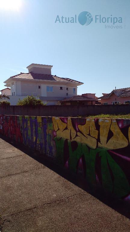 lindo terreno pronto para construir no carianos, são dois lotes juntos bairro com toda infraestruturada de...