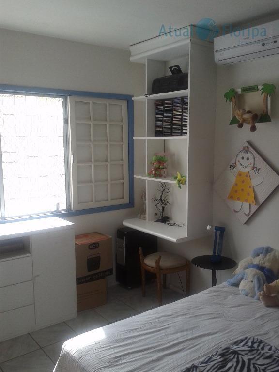 casa térrea com viabilidade comercial, próximo da avenida madre benvenuta e da academia elite. 4 dormitórios...