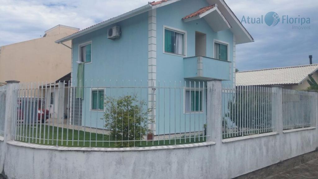 Casa residencial à venda, Carianos, Florianópolis - CA0184.