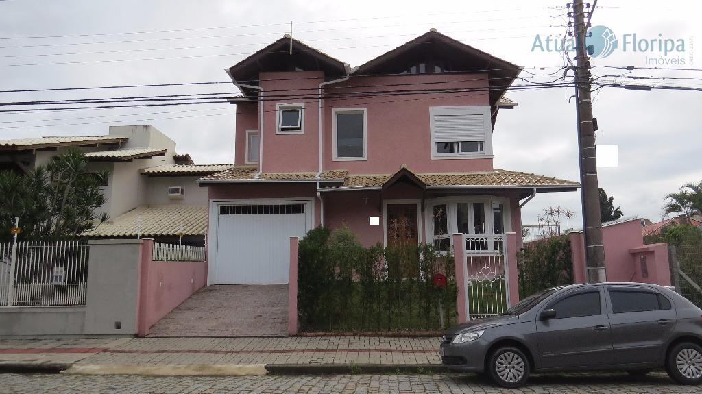 Casa residencial à venda, Parque São Jorge, Florianópolis - CA0202.