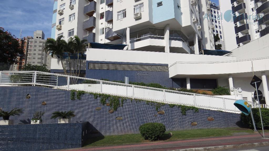 belo apartamento de dois dormitórios com suíte.muito bem localizado no itacorubi, próximo a universidades, supermercados e...