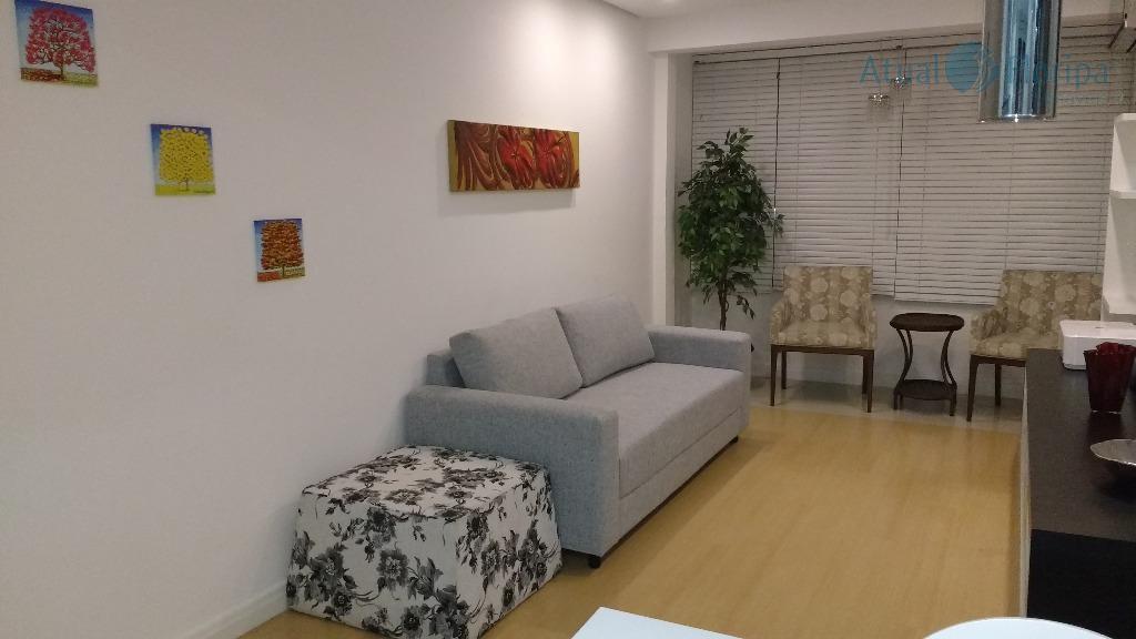 Apartamento residencial à venda, Centro, Florianópolis - AP0315.