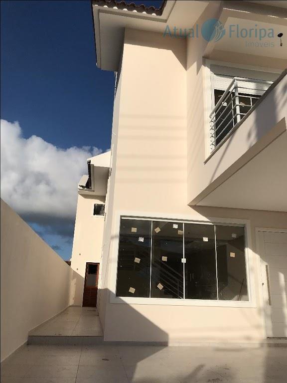belíssima casa geminada alto padrão localização privilegiada no santa mônica, próxima a academias, shopping e os...