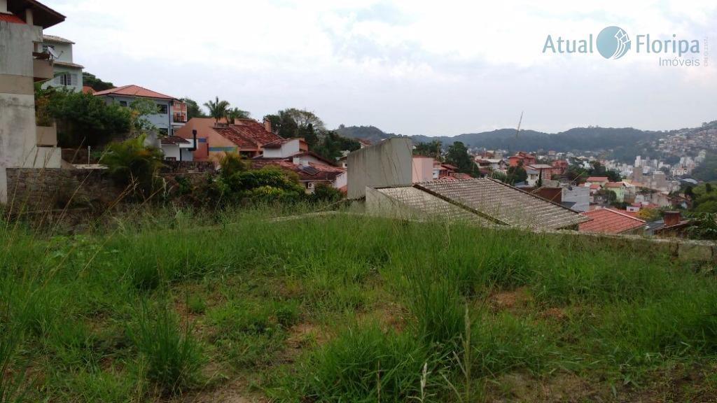ótimo terreno na pantanal, próximo a ufsc.excelente para construir casas germinadas.