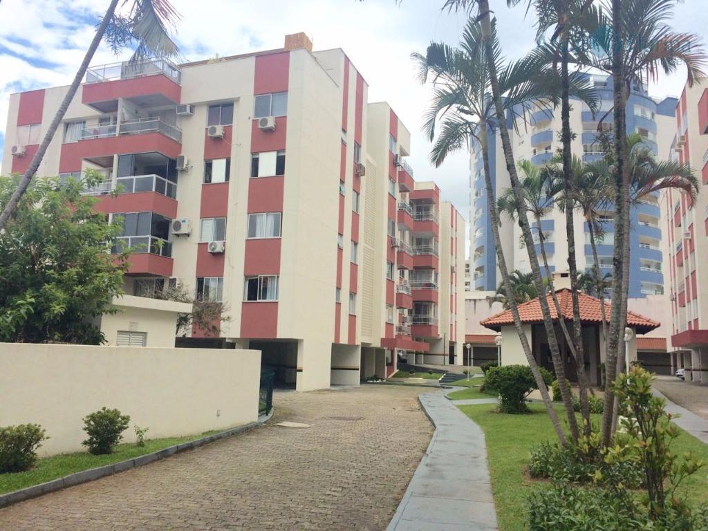Apartamento residencial à venda, Trindade, Florianópolis - AP0334.