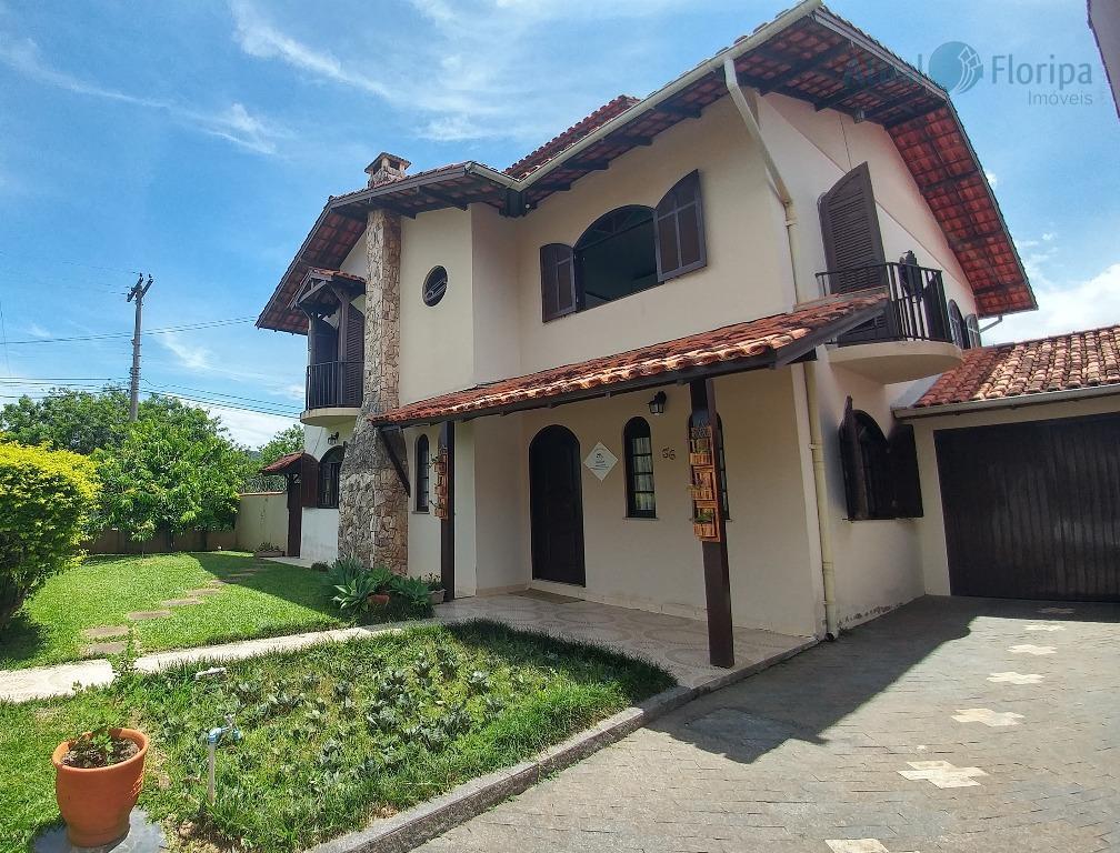 Casa residencial à venda, Parque São Jorge, Florianópolis.