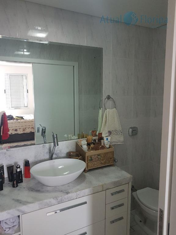 ótimo apartamento, com localização privilegiada no kobrasol, linda vista. próximo a br 101, restaurantes, supermercado, escolas,...