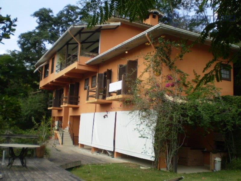 Belíssima residência em Itaipava, Petrópolis