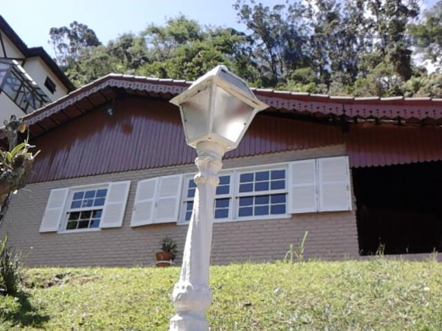 Aconchegante casa à venda, Itaipava, Petrópolis.
