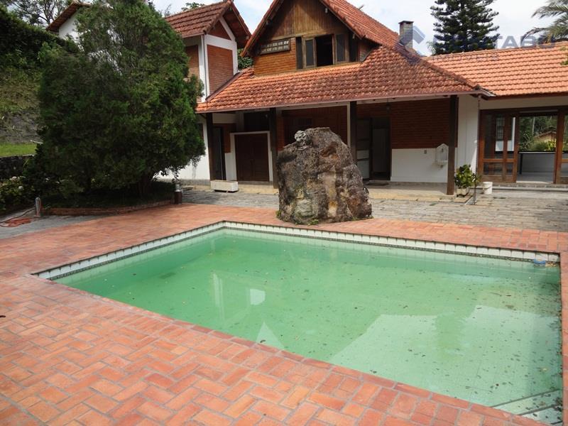 Lindíssima casa em condomínio, Itaipava, Petrópolis.