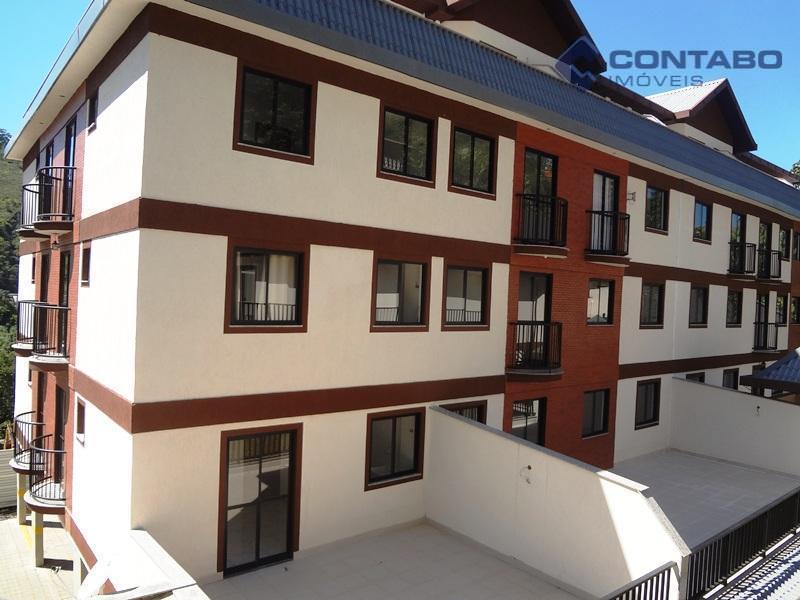 excelente apartamento localizado no centro de itaipava, composto de sala, quarto, cozinha, banheiro e 01 vaga...