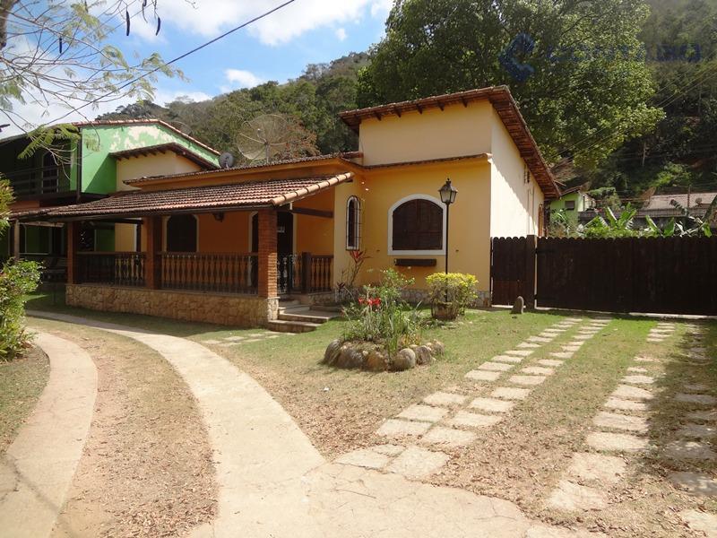 Ótima Casa em Anapolis  Secretário Itaipava Petrópolis RJ