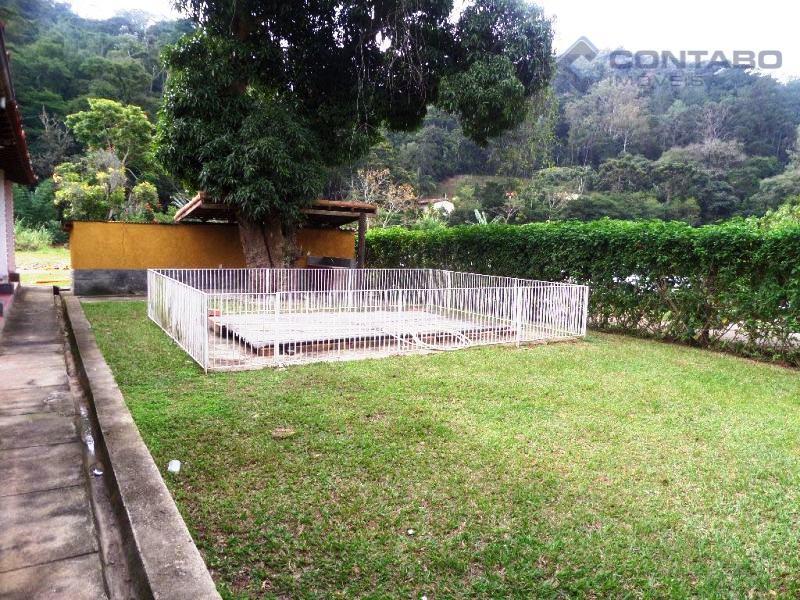 imovel com 4.300 m². com área construida de 400 m². casa com 05 quartos sendo 02...