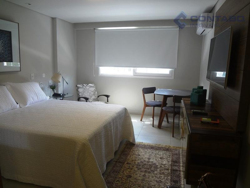excelente flat. mobiliado ( tv, cama, frigobar, tv e etc...). ótima área de lazer com piscina,...