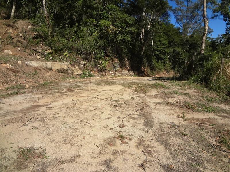 Ótimo Terreno em Araras Petrópolis RJ