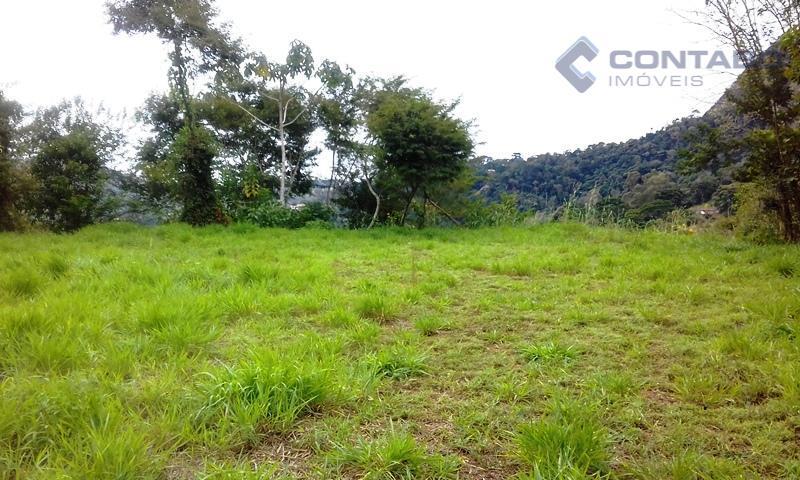 02 terrenos com 2.044 m² ( lote 16 ) e 3.927 m², ( lote 17 ),...