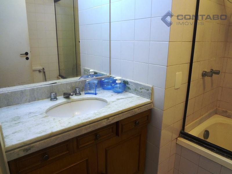 02 quartos sendo 01 suíte, cozinha integrada a sala, sacada, banheiro social. área de lazer com...