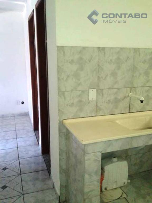pequeno condomínio com 8 apartamentos ,constando de dois quartos ,sala ,cozinha e banheiro cada unidade ,estacionamento...