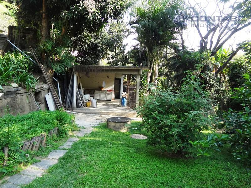 casa composta de 03 quartos sendo 01 suíte, ampla sala com lareira, banheiro social, cozinha, área...