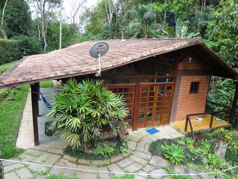 Ótima casa de Condominio em Correas Petrópolis RJ