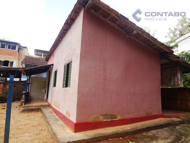 casa simples com 02 quartos, sala, cozinha integrada a sala, banheiro, área de serviço e ótimo...