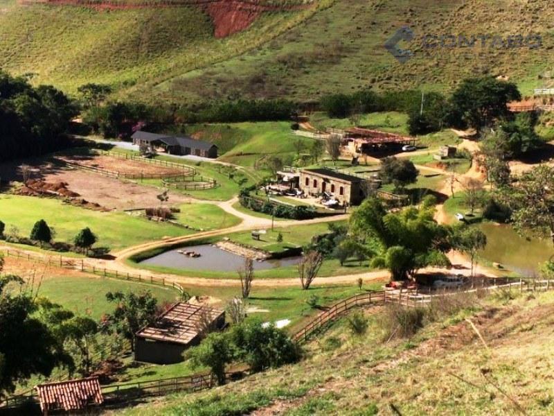 terreno com 21.000 m². linda vista das montanhas em condomínio seguro e aconhegante em meio a...