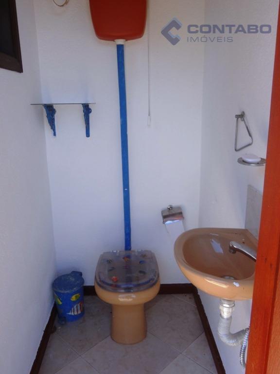 casa composta de 03 quartos sendo 01 suíte máster com hidromassagem e closet ( reversível para...