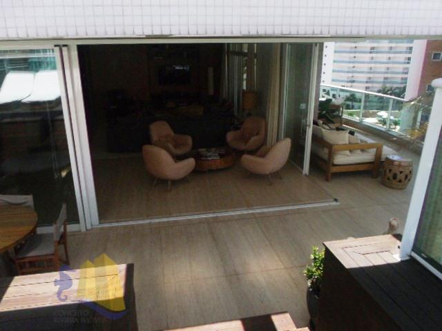 cobertura pe na areia decorada 4 suítes , conforto e sofisiticacao.excelente cobertura penthouse com 382m² de...