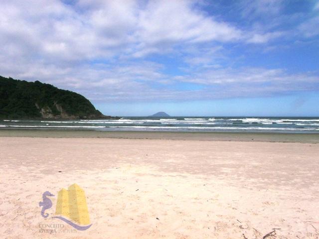 3 terrenos com área total de 1.353,00m², localizados no condomínio costa do sol, unificados, tem possibilidade...