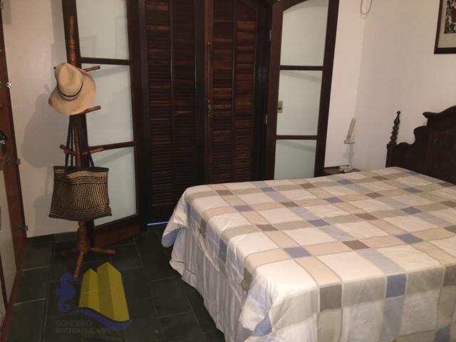sobrado, próximo do shopping, sala para dois ambientes, lavabo, cozinha americana, área de serviço, 3 dormitórios...