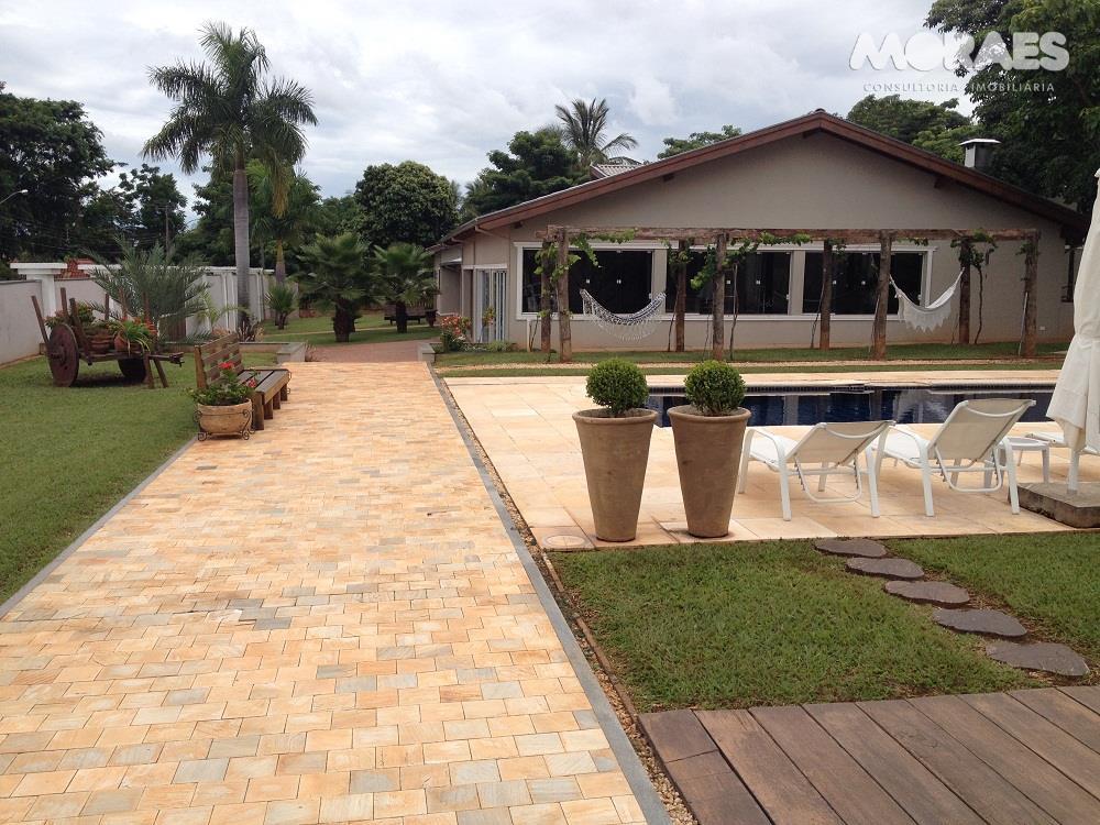 Casa à venda, Jardim Shangri-Lá, Bauru.