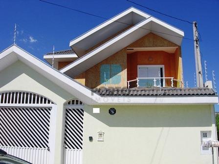 Sobrado residencial à venda, Loteamento Villa Branca, Jacareí - SO0012.