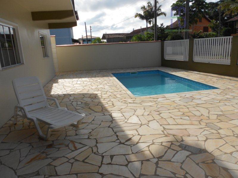 Amplo sobrado com piscina - Itajuba
