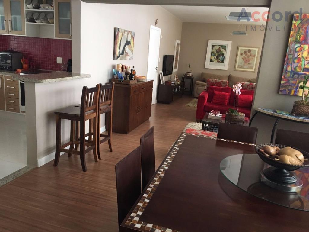 Ótimo apartamento no Centro, há 2 quadras do Shop. Crystal