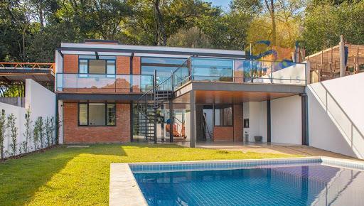 Sobrado estilo loft à venda no M'Boicy em Foz do Iguaçu